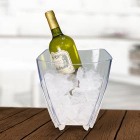 balde de champanhe com vinho no gelo