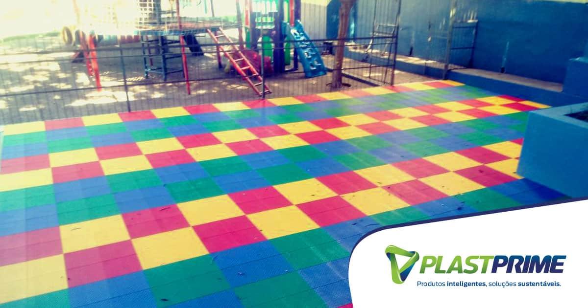 8 motivos para usar piso modular em parquinhos para criança