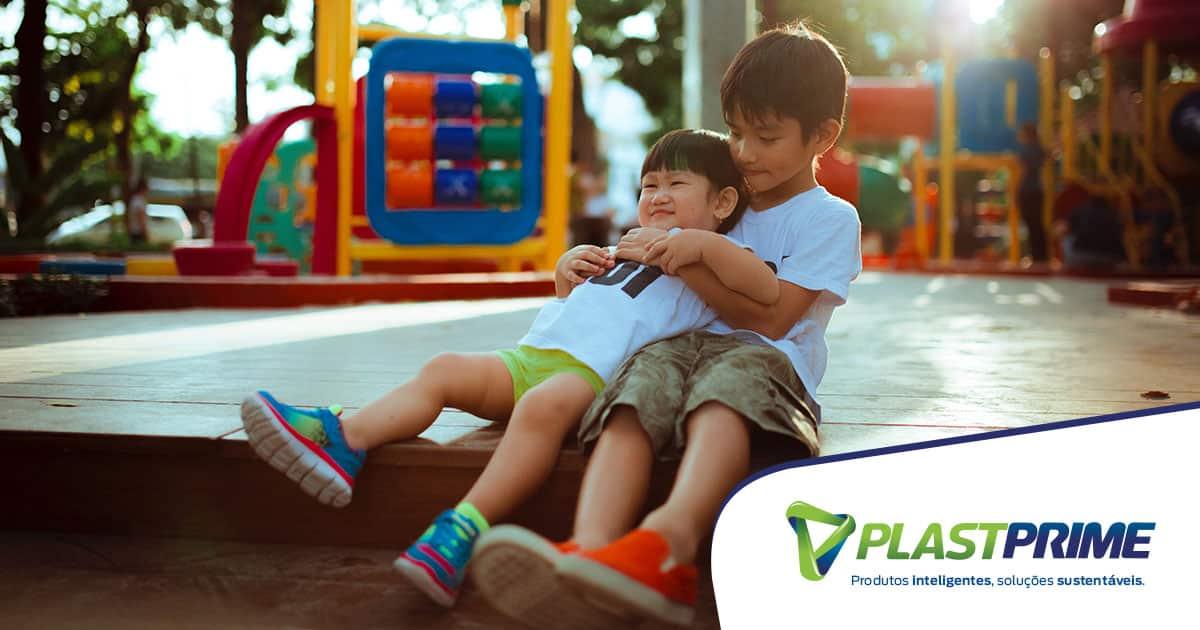 Como criar um ambiente seguro de recreação para crianças?